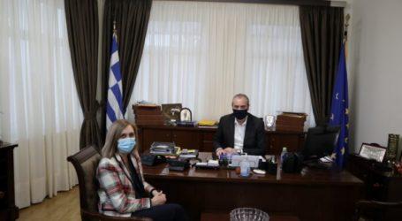 Συνάντηση του δημάρχου Ελασσόνας με την Διευθύντρια Πρωτοβάθμιας Εκπαίδευσης