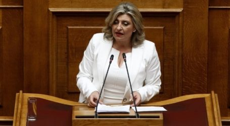 Ε. Λιακούλη: Συγχαρητήρια στους βουλευτές Χρήστο Κέλλα και Γιώργο Λαμπρούλη, που συμμετέχουν στη μάχη κατά της πανδημίας, στην πρώτη γραμμή