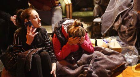 Δύο παιδιά ανασύρθηκαν ζωντανά τρεις ημέρες μετά τον σεισμό της Παρασκευής, ενώ οι νεκροί έφτασαν τους 83
