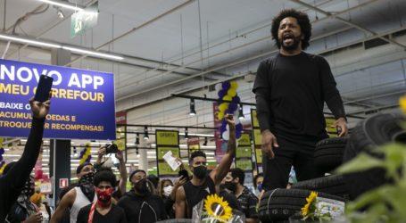 Διαδηλώσεις και επεισόδια μετά τον θανάσιμο ξυλοδαρμό μαύρου άνδρα από φρουρούς ασφαλείας σε σούπερ μάρκετ