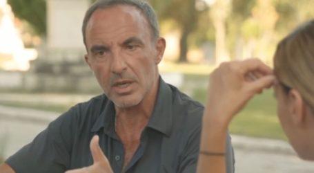 Η συγκίνηση του Νίκου Αλιάγα on camera μιλώντας για τα παιδιά του