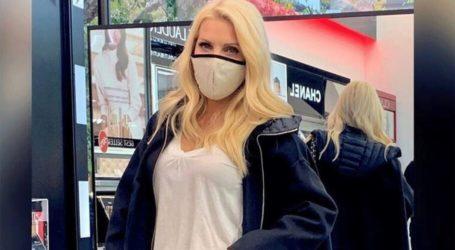 H Ελένη Μενεγάκη μας δείχνει πώς περνάει το Σαββατοκύριακό της στην Αθήνα