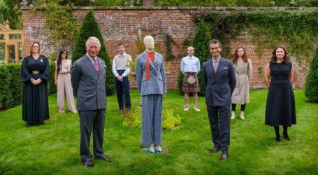 Ο πρίγκιπας Κάρολος λανσάρει για πρώτη φορά σειρά ρούχων για καλό σκοπο