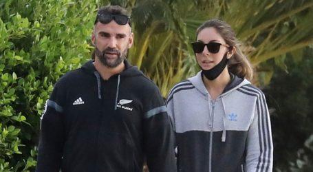 Λάμπρος Χούτος & Ματίνα Ζάρα: Βόλτα στη Γλυφάδα για τους μελλόνυμφους!