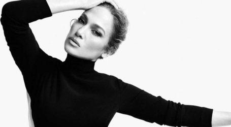 Η Jennifer Lopez φωτογραφίζεται για το περιοδικό Wall Street Journal