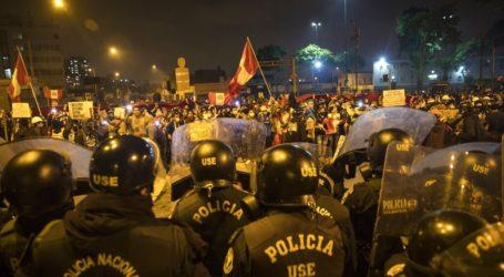 Τουλάχιστον τρεις νεκροί σε επεισόδια εναντίον του νέου προέδρου Μανουέλ Μερίνο