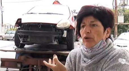 Σκυλιά στην Κρήτη ξήλωσαν αυτοκίνητο κυνηγώντας γάτα (vid)