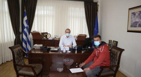 Υπογράφηκε από το Δήμαρχο Ελασσόνας η σύμβαση για το δρόμο της Μαμαλής