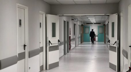 Κορωνοϊός: 504 διασωληνωμένοι σε όλη τη χώρα – 217 νοσηλεύονται σε ΜΕΘ και κλινικές σε νοσοκομεία της Λάρισας