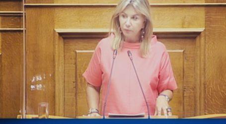 Η Ζέττα Μακρή στηρίζει 5.500 επαγγελματίες ανθοπώλες