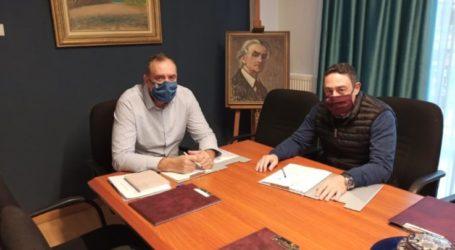 Συνάντηση Γ. Κόκουρα με διευθυντή ΚΥ Γ. Αντωνόπουλο: Ο κορονοϊός μας απειλεί, εμείς συνεχίζουμε να τηρούμε τα μέτρα