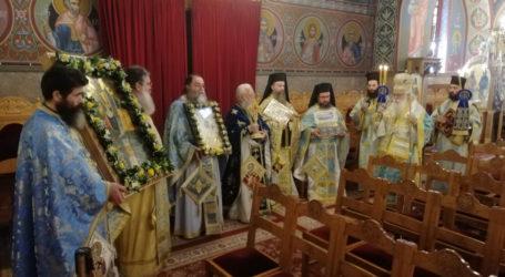 Ιγνάτιος: Με πόνο αλλά και ελπίδα ο εορτασμός του Αγίου Νικολάου στον Βόλο [εικόνες]