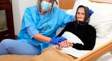 Μια 99χρονη νικήτρια στη μάχη με τον κορωνοϊό