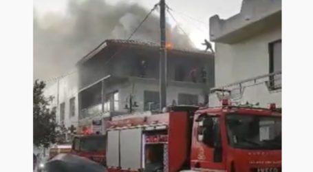 Κεραυνός έπεσε σε σπίτι στη Ρόδο και τυλίχθηκε στις φλόγες