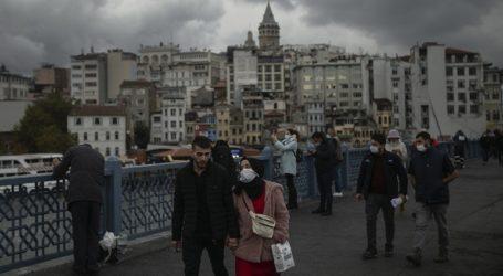 Η Τουρκία κατέγραψε 30.402 κρούσματα κορωνοϊού το τελευταίο 24ωρο