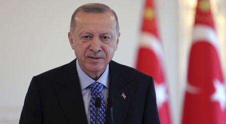 Ο Ερντογάν δηλώνει πως επιδιώκει μια «φόρμουλα επωφελή για όλους» στην Ανατ. Μεσόγειο