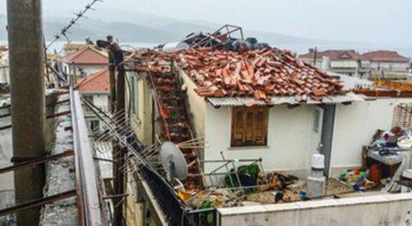 Εκτεταμένες ζημιές από ανεμοστρόβιλο στον Αστακό