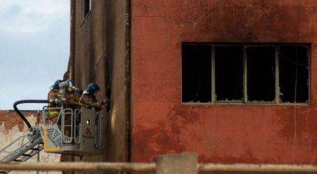 Πυρκαγιά σε τριώροφη αποθήκη στη Βαρκελώνη