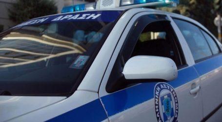 Μητέρα και γιος συνελήφθησαν για κλοπή μεγάλου χρηματικού ποσού