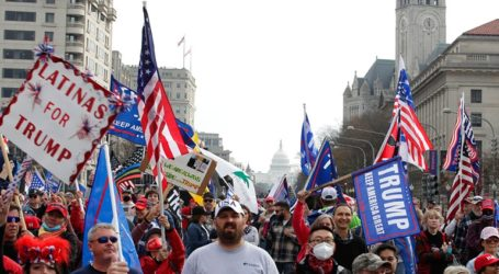 Μεγάλη διαδήλωση οπαδών του Τραμπ στην Ουάσιγκτον: «Τέσσερα χρόνια ακόμα»…