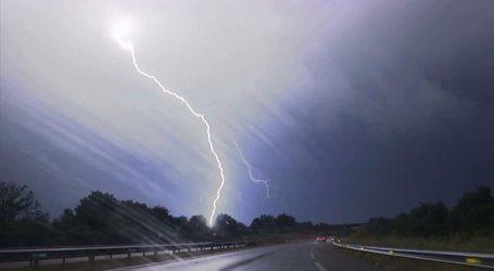 Ισχυρές βροχοπτώσεις τη νύχτα στην Εύβοια