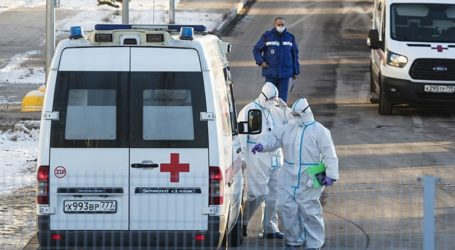Στη Ρωσία περισσότεροι από 1.100.000 άνθρωποι νοσηλεύονται με κορωνοϊό