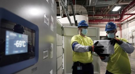 Παραλαμβάνονται τα ειδικά ψυγεία φύλαξης των εμβολίων των Pfizer/BioNTech