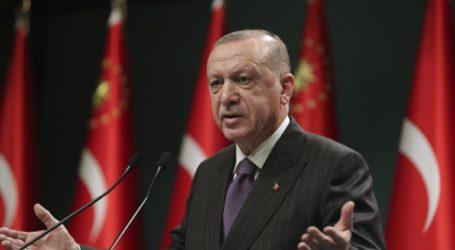 Ερντογάν: «Προσπαθούν να μας γονατίσουν