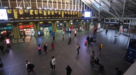 Εξετάζεται η αναστολή πτήσεων από Βρετανία προς Ελλάδα – Έκτακτα μέτρα αποφασίζει και η Ε.Ε.