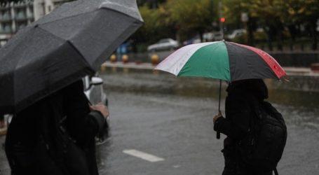 Νεφώσεις, βροχές και σποραδικές καταιγίδες