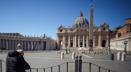 Το Βατικανό κρίνει «ηθικά αποδεκτά» τα εμβόλια κατά της Covid-19