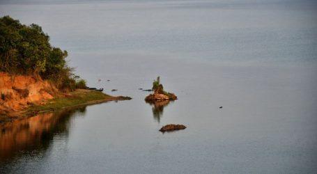 Τουλάχιστον 26 νεκροί στο ναυάγιο ενός πλοιαρίου στη λίμνη Αλβέρτου