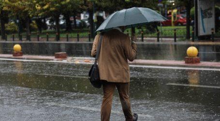 Κακοκαιρία με ισχυρές βροχές και καταιγίδες