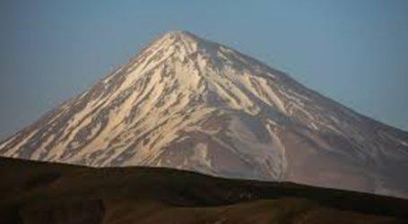 Τουλάχιστον οκτώ ορειβάτες σκοτώθηκαν και 12 αγνοούνται λόγω της χιονοθύελλας στην οροσειρά Αλμπόρζ
