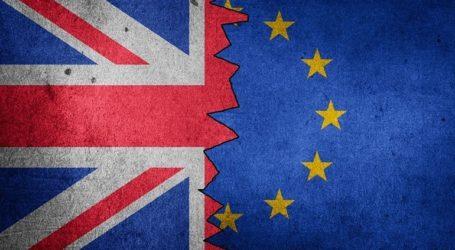Οι εκπρόσωποι των 27 χωρών μελών ενέκριναν την εφαρμογή της συμφωνίας με τη Βρετανία