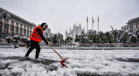"""""""Ντυμένο"""" στα λευκά ξύπνησε το Μιλάνο, έπειτα από χιονόπτωση"""