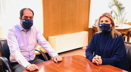 Ζ. Μακρή με Γ. Κεφαλογιάννη για τα ταξί – 92. 724 ευρώ για θεομηνίες  στον Δήμο Νοτίου Πηλίου