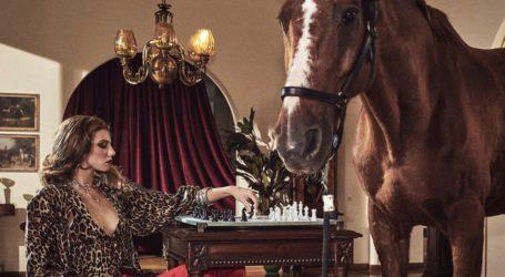 GNTM: Η μητέρα της Μαριαγάπης σχολιάζει την σχέση της με τον Αιμιλιάνο
