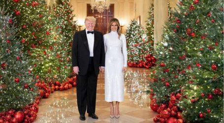 Το τελευταίο επίσημο πορτρέτο των Donald και Melania Trump στον Λευκό Οίκο!