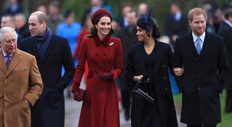Αναδρομή στις iconic χριστουγεννιάτικες εμφανίσεις της βασιλικής οικογένειας