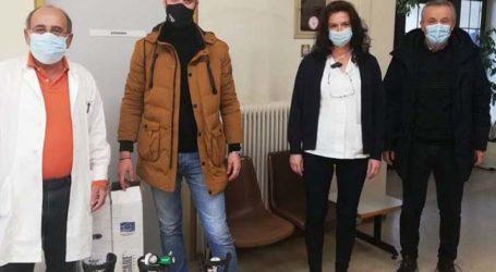 Δωρεά 3 φιαλών οξυγόνου στο Κέντρο Υγείας Αγιάς