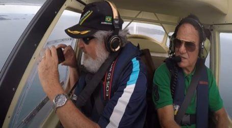 Τηλέφωνο έπεσε από παράθυρο αεροπλάνου, δεν έσπασε και κατέγραψε την πτώση (vid)