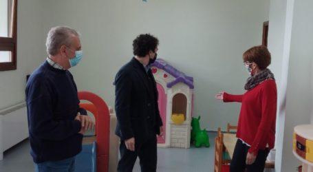 Αργύρης Κοπάνας: «Ανακαινίστηκαν οι δημοτικοί βρεφονηπιακοί-παιδικοί σταθμοί Άνω Λεχωνίων, Κατωχωρίου και Άλλης Μεριάς»