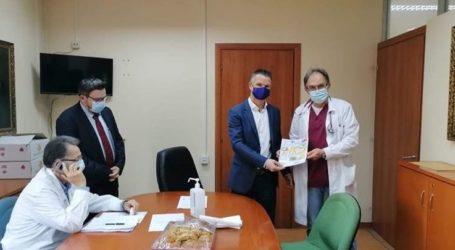 Τα νοσοκομεία της Λάρισας επισκέφτηκε ο Πρόεδρος του Περιφερειακού Συμβουλίου Θεσσαλίας Βασίλης Πινακάς