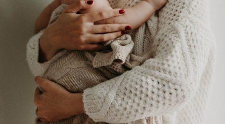 Η γυναίκα που γέννησε τρία παιδιά αλλά κανένα δεν είχε το DNA της