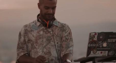 Νέο dj set με ηλιοβασίλεμα από τη Γορίτσα [βίντεο]