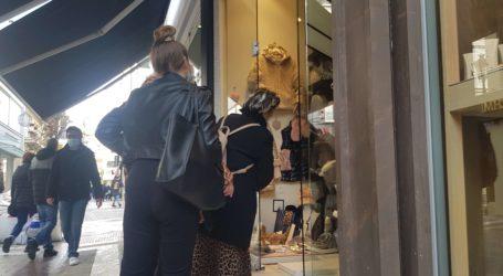 Επίσημο: Ανοίγουν τα καταστήματα χωρίς ραντεβού – Τι αποφασίστηκε για κομμωτήρια και ΚΤΕΟ