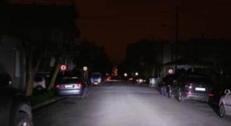 Στο σκοτάδι βυθίστηκαν περιοχές του Βόλου [εικόνα]