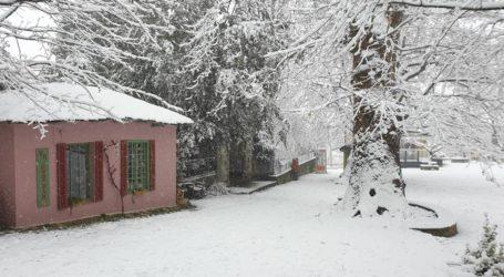 Χιόνι και στη Ζαγορά [εικόνες]