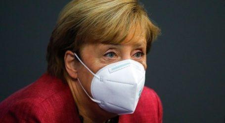 Δριμεία κριτική στην κυβέρνηση και τον υπουργό Υγείας για τους εμβολιασμούς